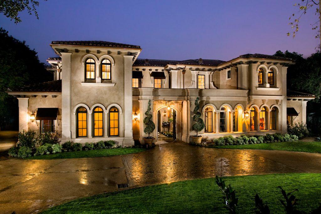 Pasadena exterior