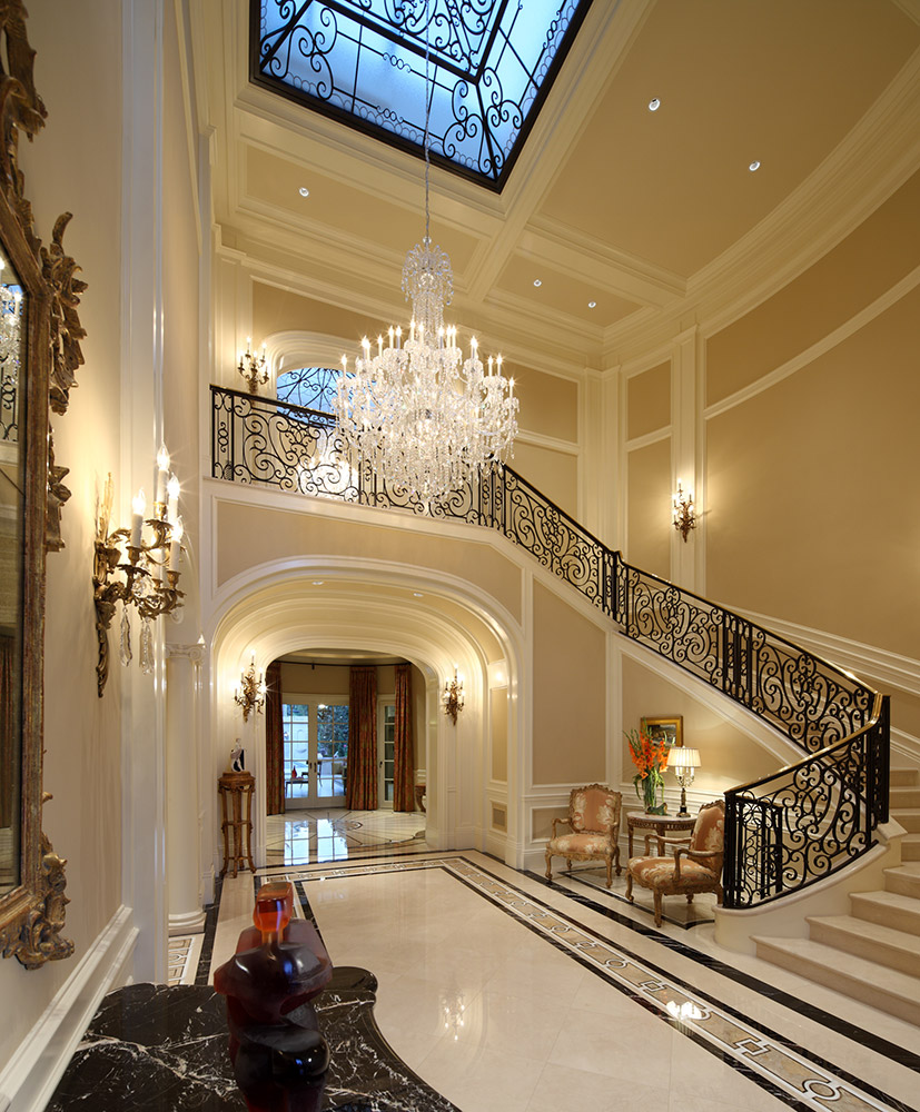 Beverly Hills Foyer - Jennifer Bevan Interiors