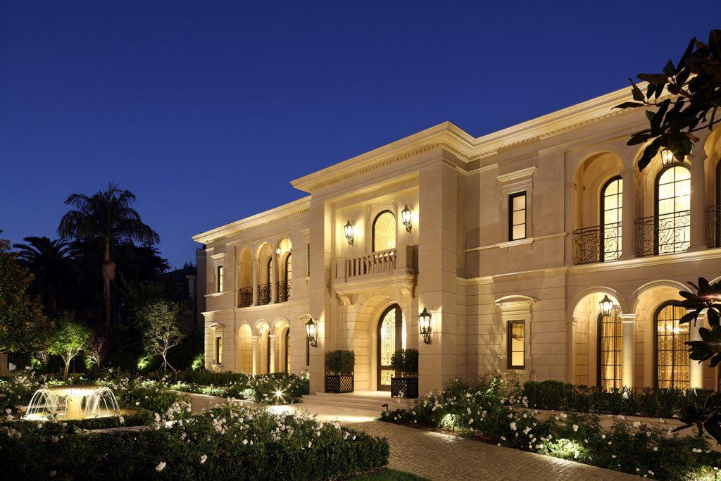 Beverly Hills Front Exterior - Jennifer Bevan Interiors