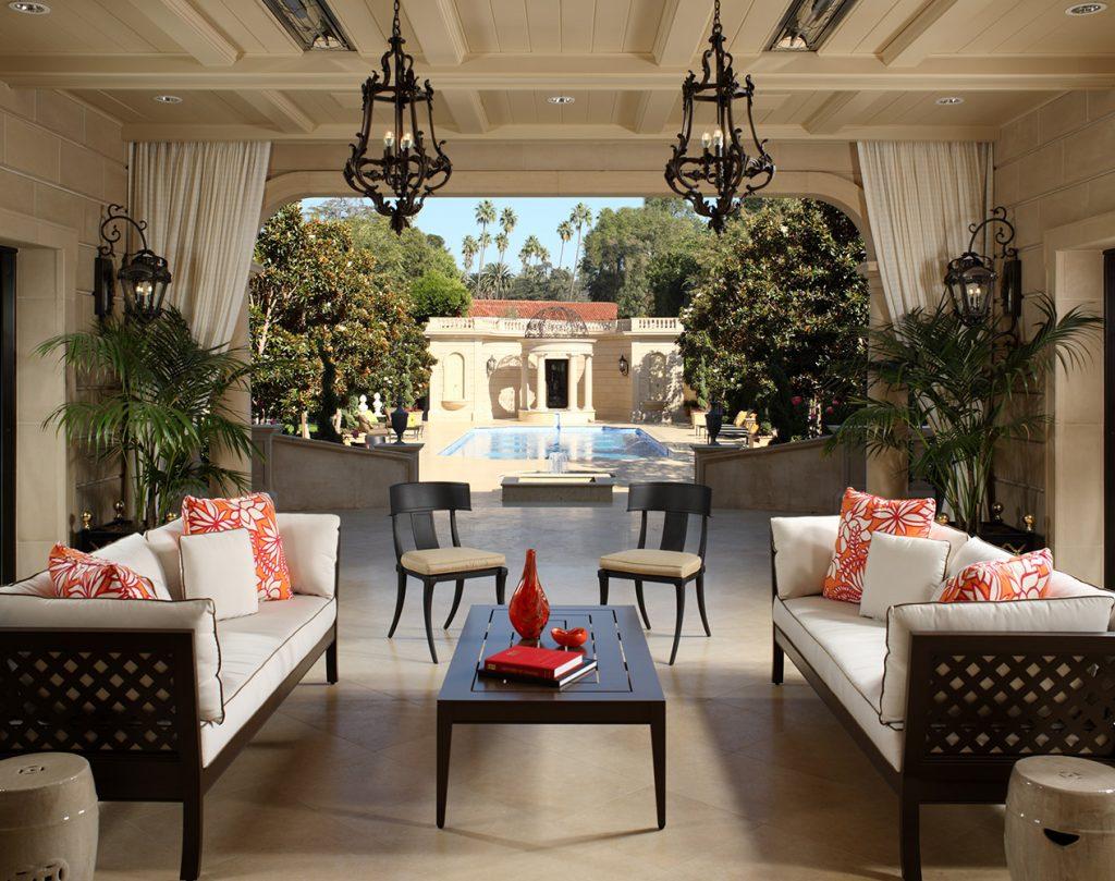 Beverly Hills Loggia - Jennifer Bevan Interiors