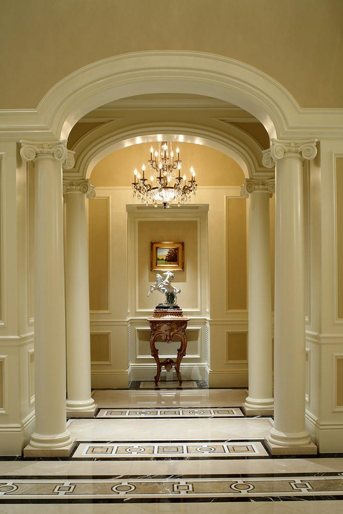 Beverly Hills Vestibule - Jennifer Bevan Interiors