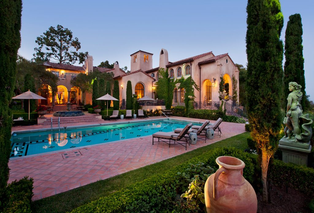 Montecito Back Exterior - Jennifer Bevan Interiors