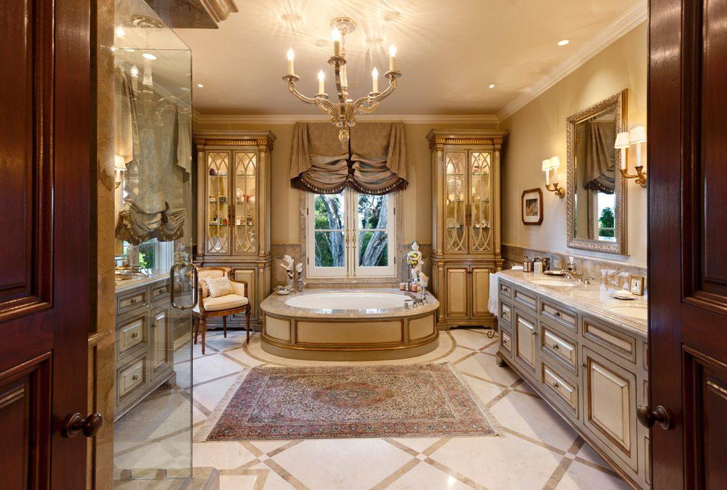 Montecito Her Master Bathroom - Jennifer Bevan Interiors