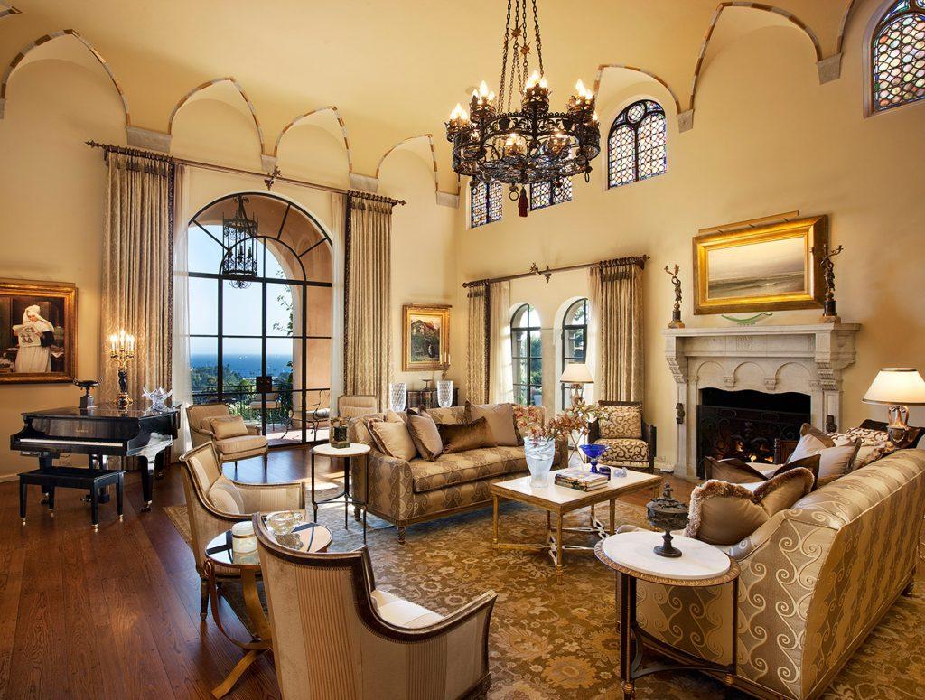 Montecito Living Room - Jennifer Bevan Interiors