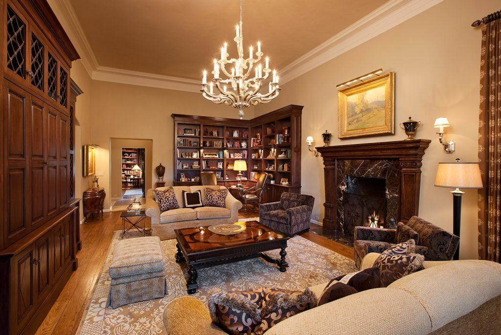 Montecito Master Sitting - Jennifer Bevan Interiors