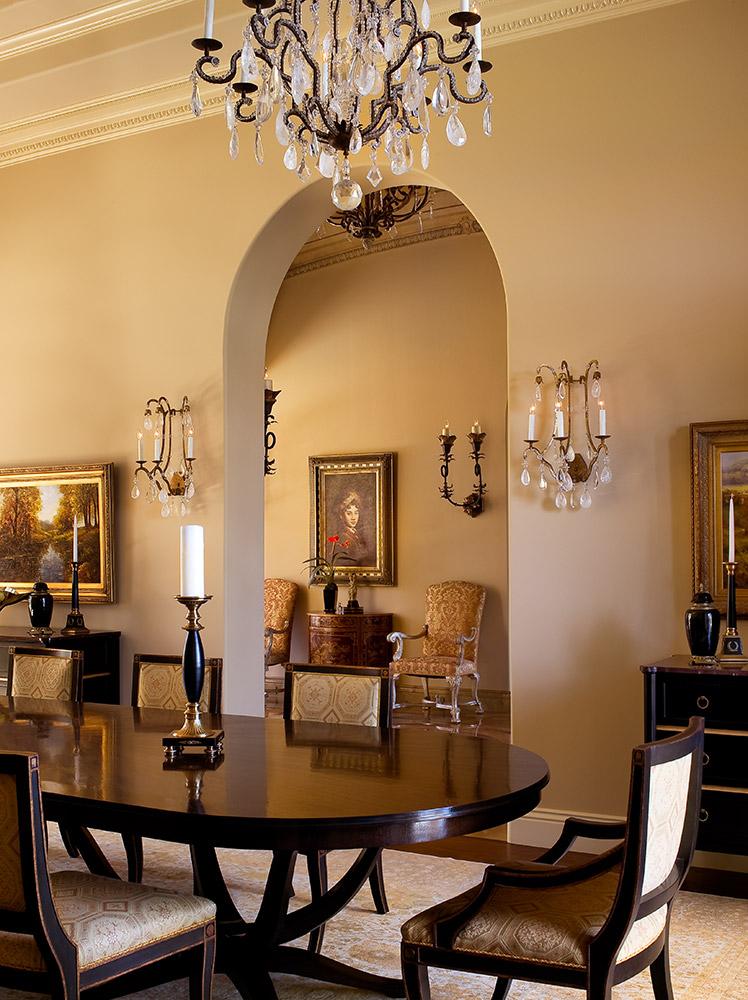 Santa Barbara Dining Room - Jennifer Bevan Interiors