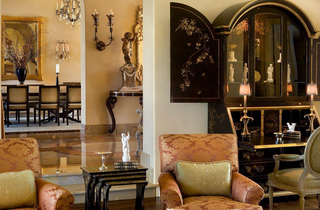 Santa Barbara Living Room - Jennifer Bevan Interiors